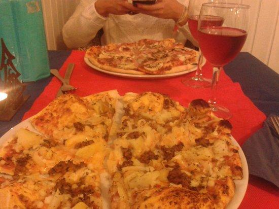 Da Enrico Pizzeria Italiana: Pizza Da Enrico(la más cercana) y  Prosciutto e fungli
