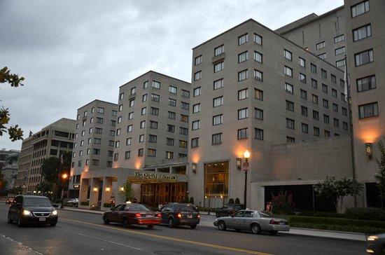 Capital Hilton: fachada hotel
