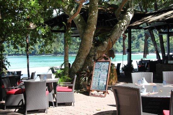 Bunga Raya Island Resort : Pantai Grill