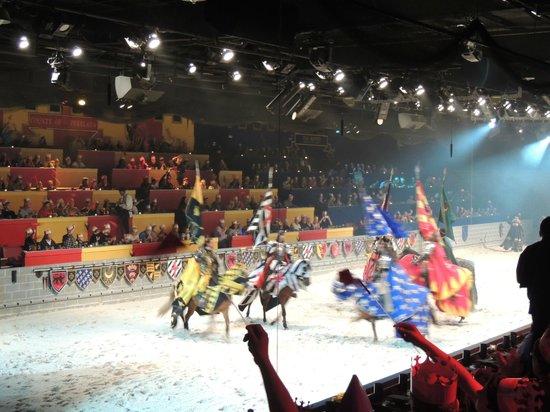 Medieval Times Dinner & Tournament: torça pelo seu cavaleiro