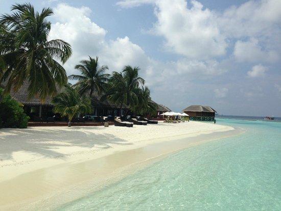 Vakarufalhi Island Resort: lato albergo