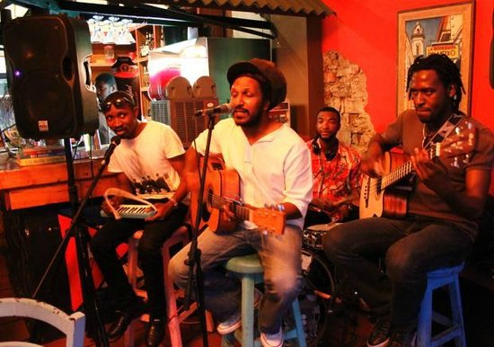 Cafe Mojito : Reggae Band RiverTones - Vibe Vibe Vibe