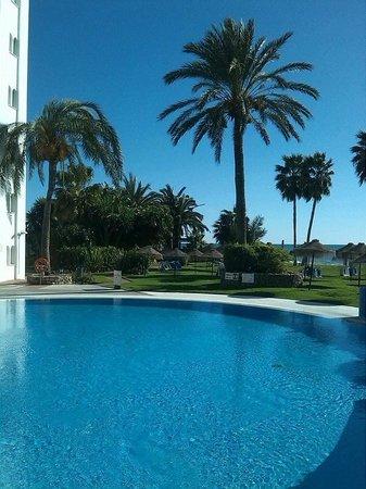 Marinas de Nerja Aparthotel: view of the pool area