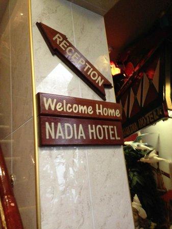 Hotel Nadia: Treppenaufgang
