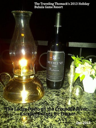 Buhala Lodge: Excellent wines for Dinner
