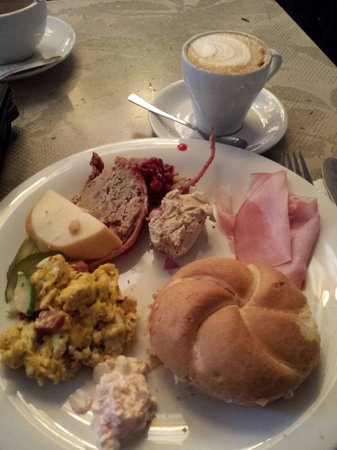 Frühstück im Amerling Beisl