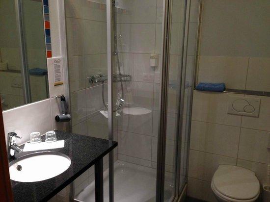 Das smarte Hotel garni: Kleines Bad