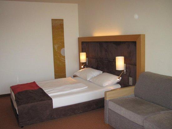 Dorint Hotel Frankfurt-Niederrad: my room