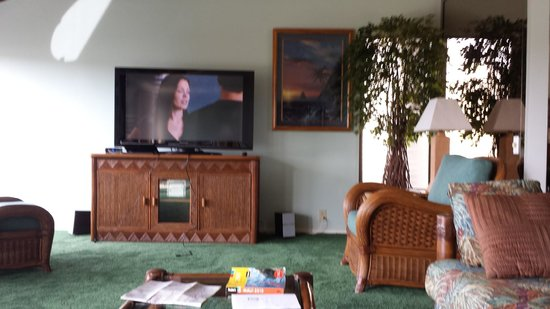 Wailea Elua Village: TV + Media