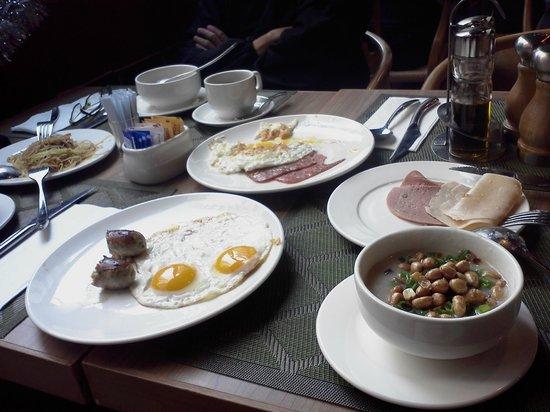 Travelodge Kowloon : Dining