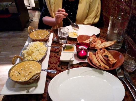 Shalimar : vegetarian set menu for 2 - delicious!
