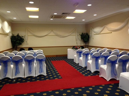 Cedar Court Hotel Huddersfield/Halifax: Halifax Suite ceremony room