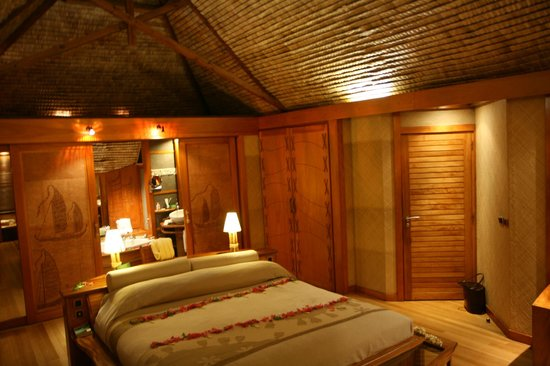 Le Taha'a Island Resort & Spa: Room - interior