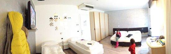 Hotel Rudy : Camera molto spaziosa