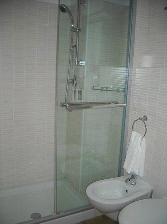 Hotel Filippo Roma: Banheiro