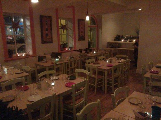 Beach View: Restaurant