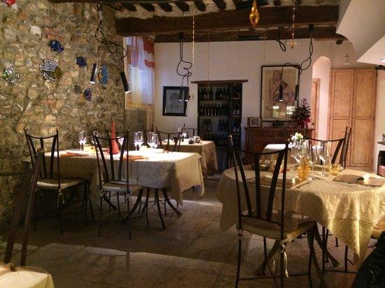 Ristorante dal Cacini: Locale interno. Elegante ed accogliente.
