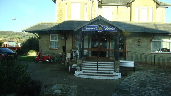 cygnet hotel from the outside
