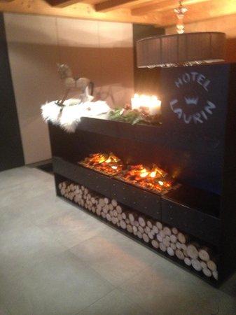 Hotel Laurin Small&Charming: camino..con fuoco senza..fuoco