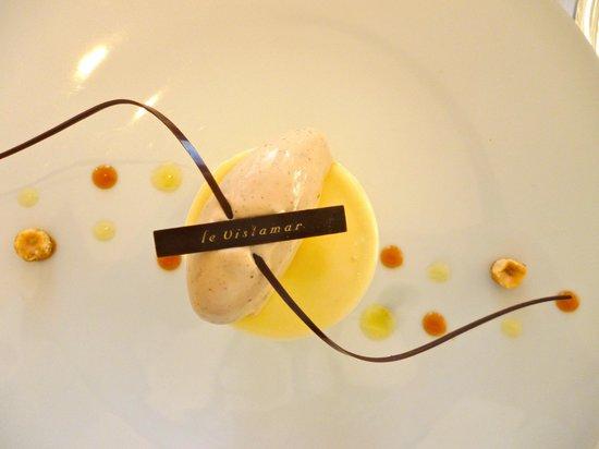 Le Vistamar : cristalline à la vanille de 'Tahiti' crème onctueuse de citron et praliné