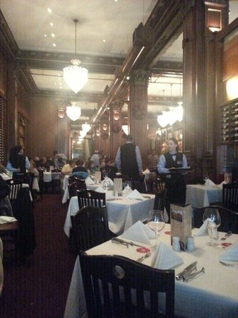 Fogo de Chao Brazilian Steakhouse : View of dining room at lunch