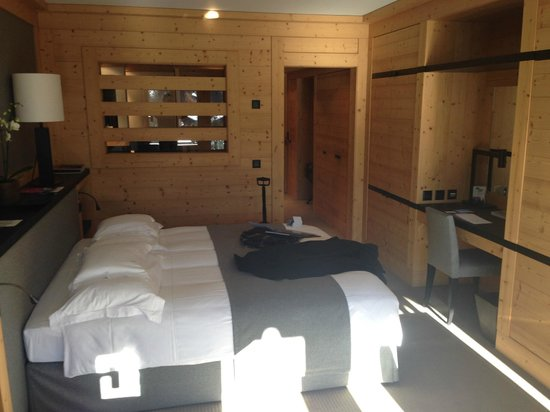 Park Gstaad: My Room