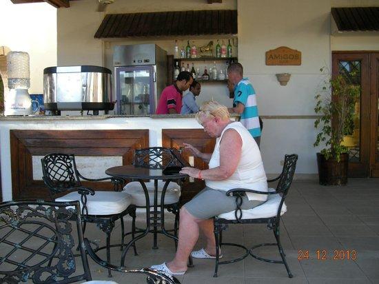 Mexicana Sharm Resort: Vores lille kaffebar (baren)