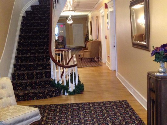Thayers Inn : Staircase