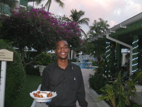 Mango Bay All Inclusive: Jon-Mari - waitstaff