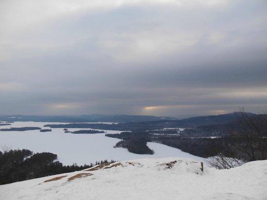 West Rattlesnake Mountain: overlooking Squam