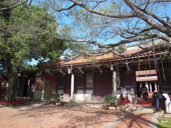 Confucius Temple : 歴史を感じさせる建物
