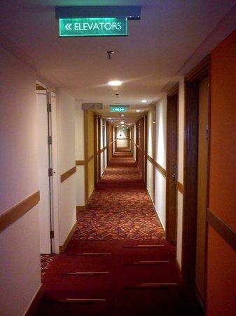 Hotel Ibis Bengaluru Hosur Road: Lobby