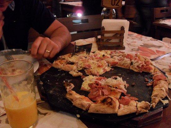 Pizza na Roca: Restinho da pizza de Lombinho...