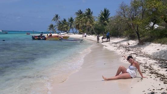 Palm Island: tobago cays!!