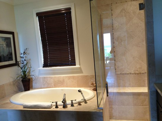 Grand Isle Resort & Spa: Bathroom