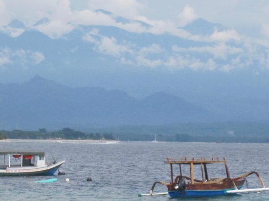 Good Heart Resort: View from Beach of the Volcano, Lombok