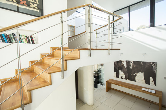 52 De Wet: Staircase
