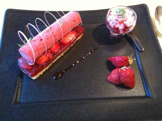 Hotel l'Esplanade: Celebration of strawberries