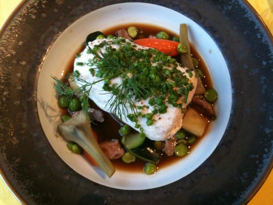 Hotel l'Esplanade: Cod with assorted vegetables and duck consomme