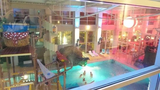 Hôtel Explorers : piscina