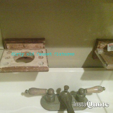 Butler Greenwood Plantation: bathroom vent