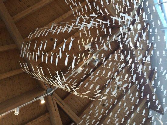 La Nave Bistro: Ceiling decor