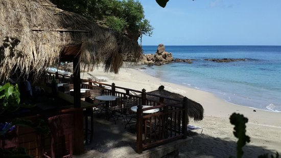 The Naked Fisherman Bar and Grill : Ther Naked Fisherman and Smugglers Cove