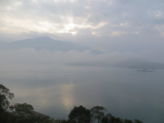 The Lalu Sun Moon Lake: Early morning view from lobby