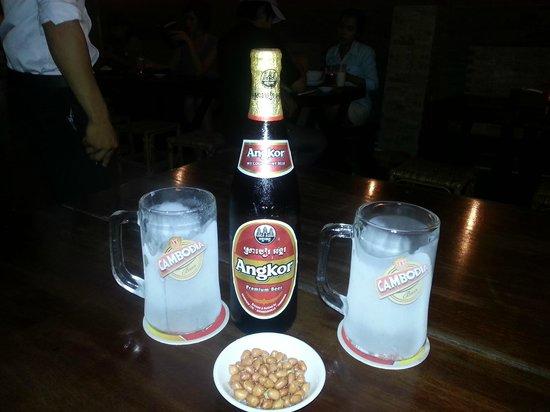 Moloppor Cafe: Icy Angkor - great!