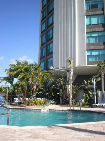 Four Points by Sheraton Orlando International Drive: Pool area