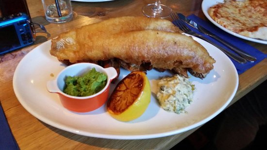 The Fishpond Freehouse: Amazing fish and chips