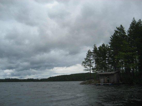 STF Kolarbyn Eco-Lodge : floating sauna