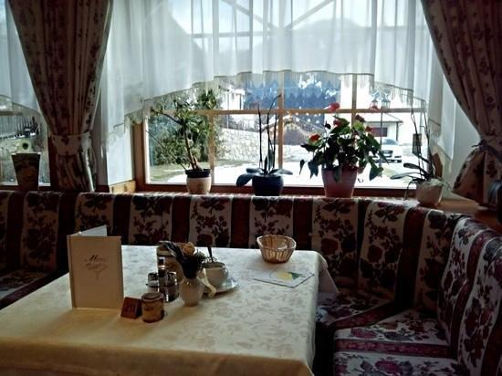 Turmhotel Gschwendt: sala pranzo