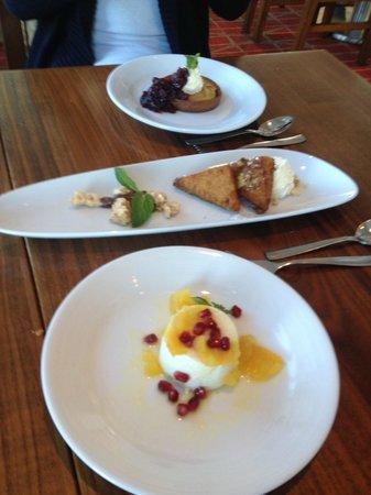 C restaurant + bar: 3 deserts